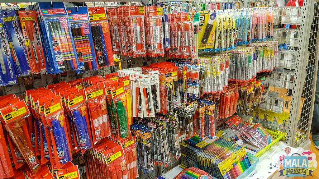 Muitas canetas