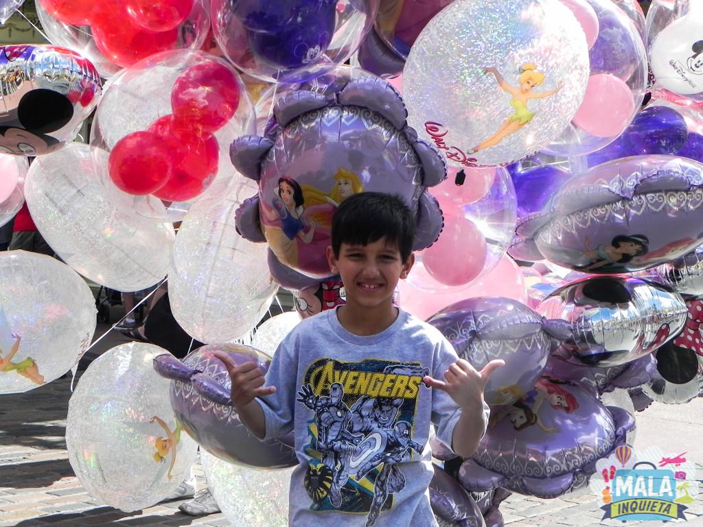 Issac no parque da Disney - Foto: Patricia Tayão