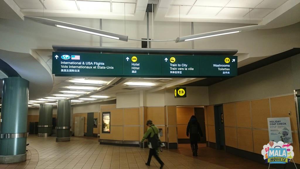 Sinalizacao no aeroporto de Vancouver - Foto: Renata Luppi