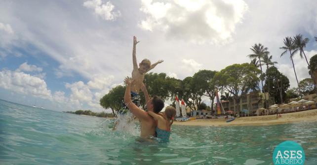 Ases a Bordo no Mar Elegant Tamarind Resort