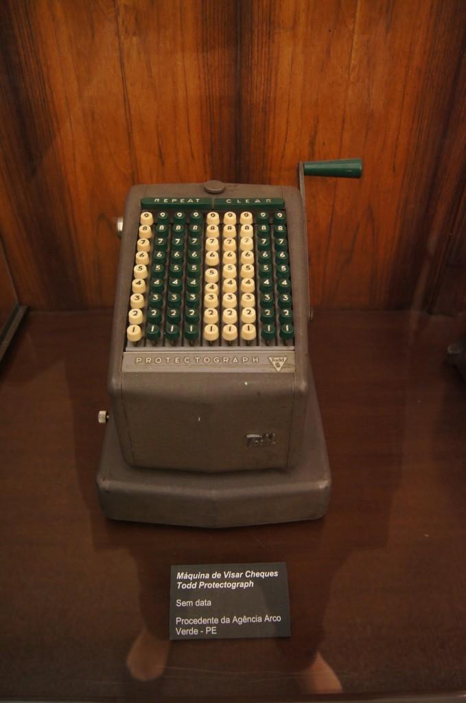Máquina de visar cheques