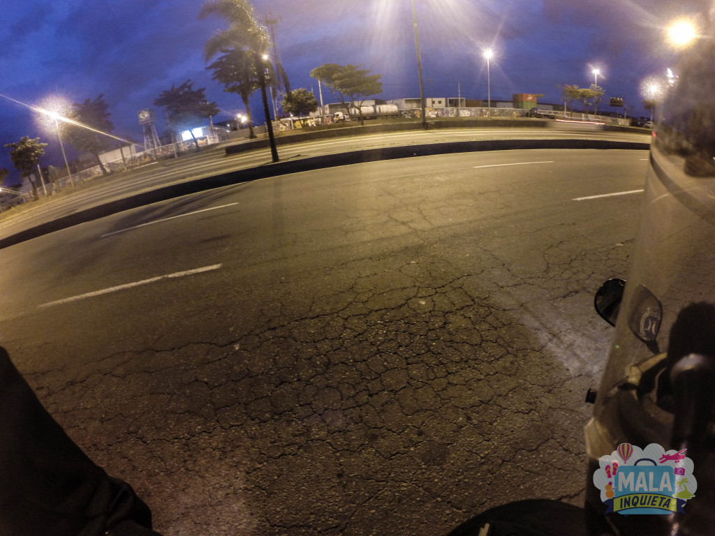Avenida Brasil, altura da Fiocruz - Zona Norte