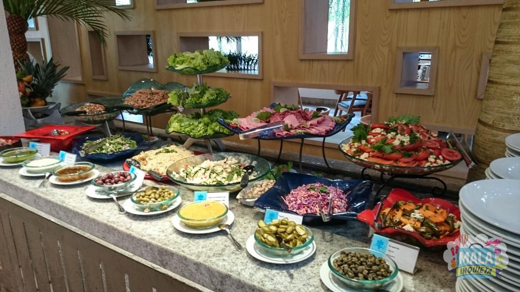 Restaurante Principal - Parte do Buffet de saladas em um dos almoços