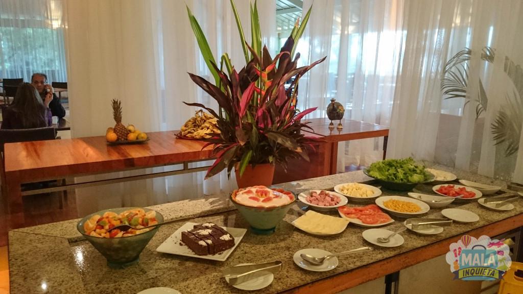 Restaurante Jangada - Sobremesas e frutas do almoço