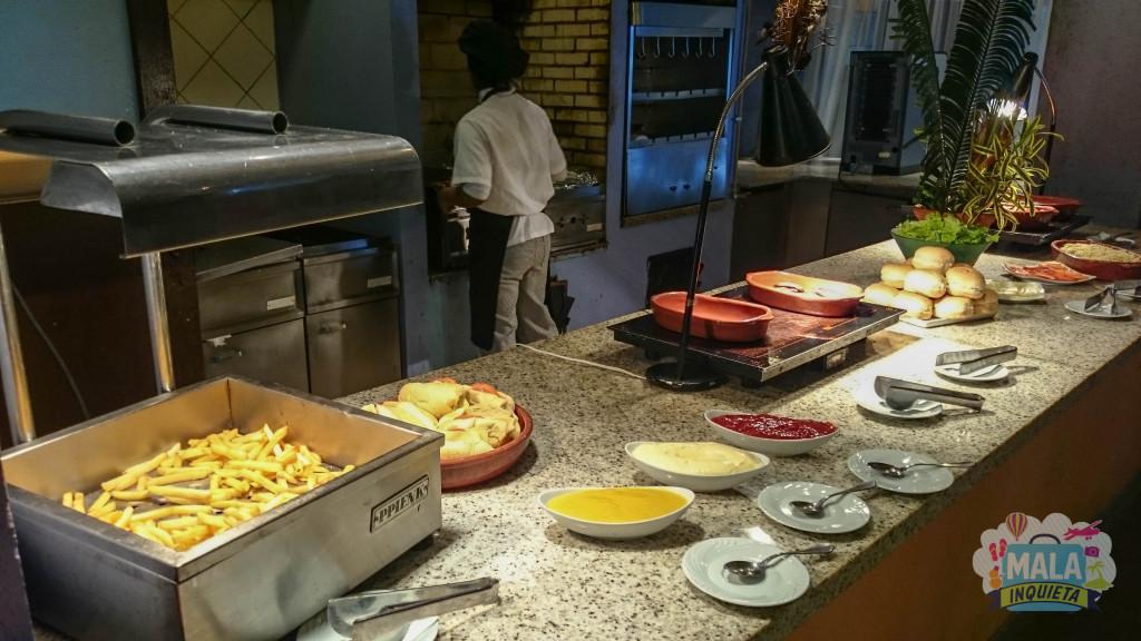 Restaurante Jangada - Lanche da tarde: Batatas fritas, cachorro-quente, hamburguer...