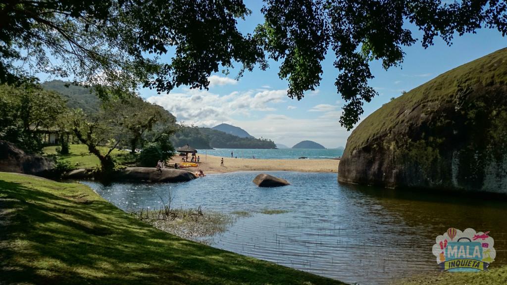 Caiaque no Rio das Pedras, visto do Restaurante Jangada