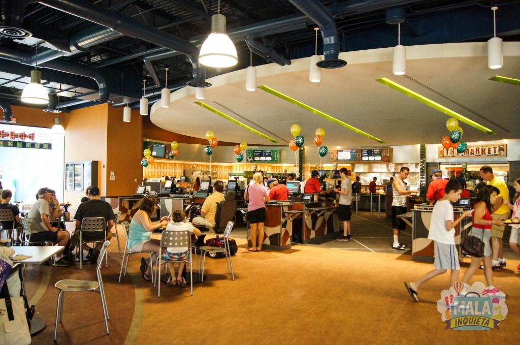 Um Food Court Hours