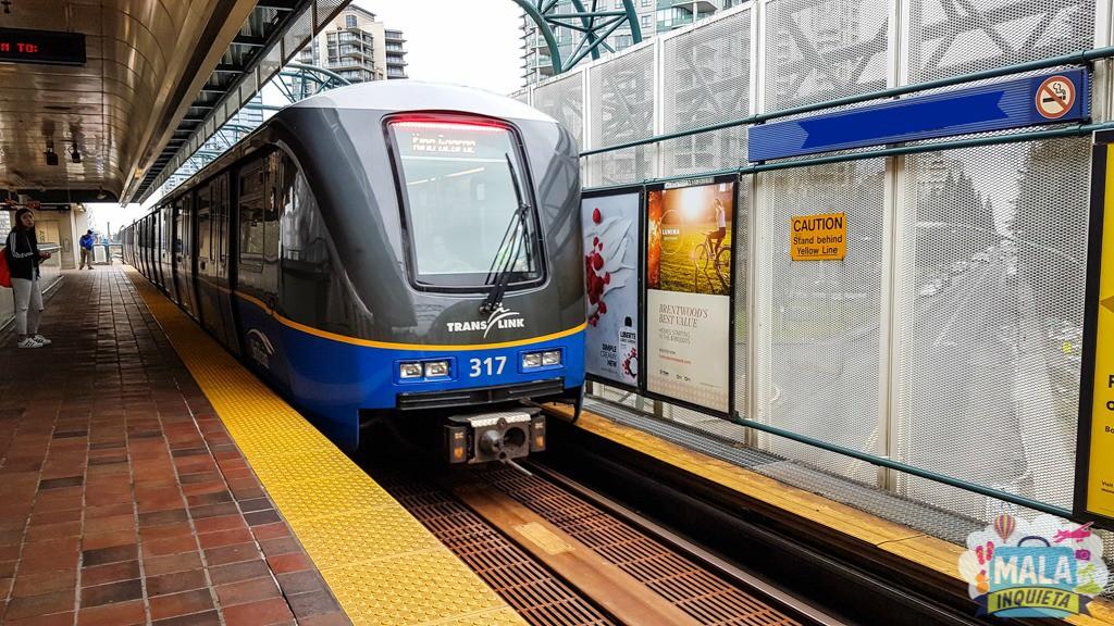 Olha o Skytrain chegando | FOTO: Renata Luppi