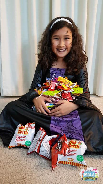 Será que ela gostou da caça aos doces ? Foto: Renata luppi