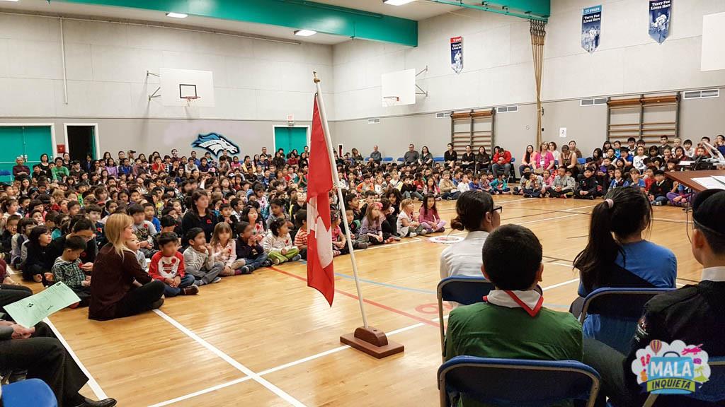 Remembrance Day Assembly em uma escola canadense - Foto: Renata Luppi