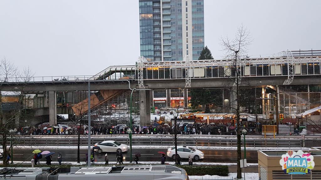 Caos em uma estação de metrô na região de Vancouver no Boxing Day - Foto: Renata Luppi