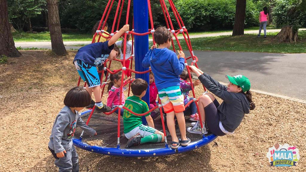 Crianças de todas as idades brincando juntas | Foto: Renata Luppi