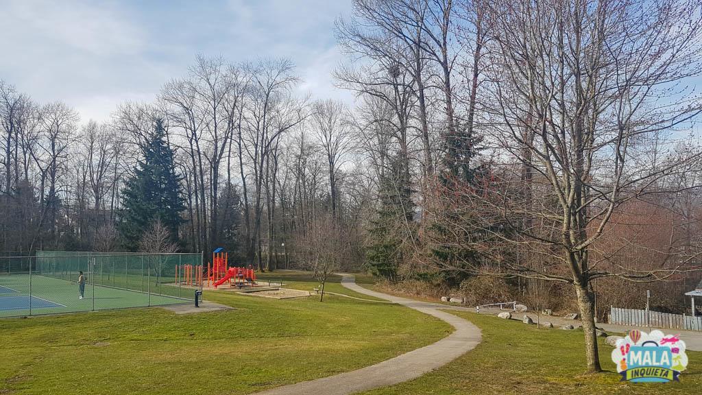Parque mais simples em uma área residencial. | Foto: Renata Luppi