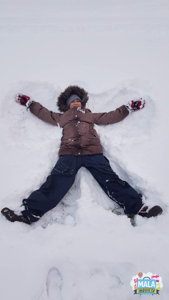 Tentativa de anjinho na neve | Foto: Renata Luppi